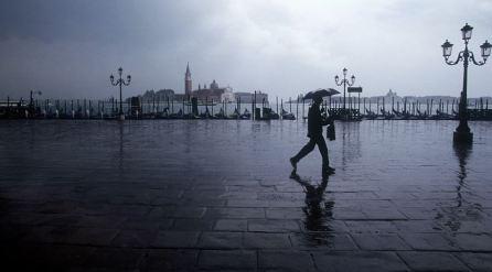 mb_le_venice-rain
